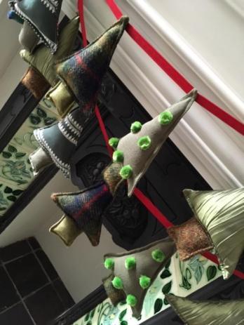 Christmas tree bunting 4